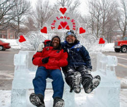 We are the official Fox 8 Ice Carvers!  We were kick'in it with Kenny on Valentines weekend