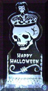 halloween skull with crown ice sculpture